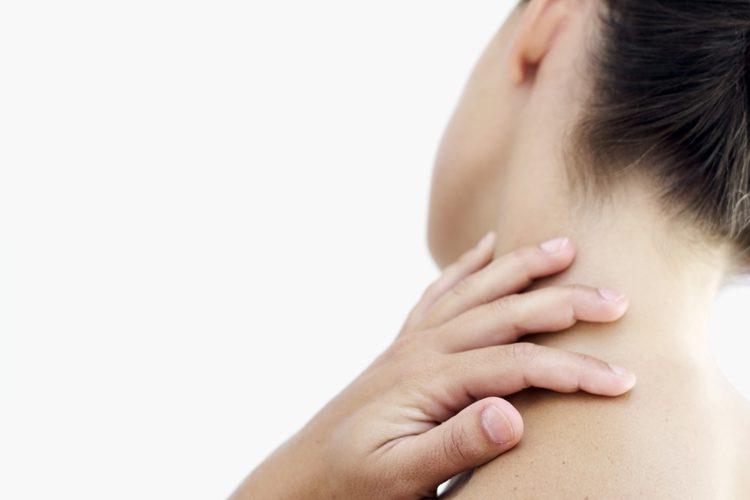 dolor de cuello en lado izquierdo